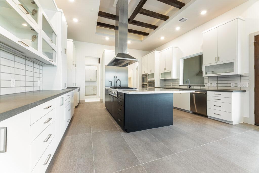 94 KLE Kitchen - 3