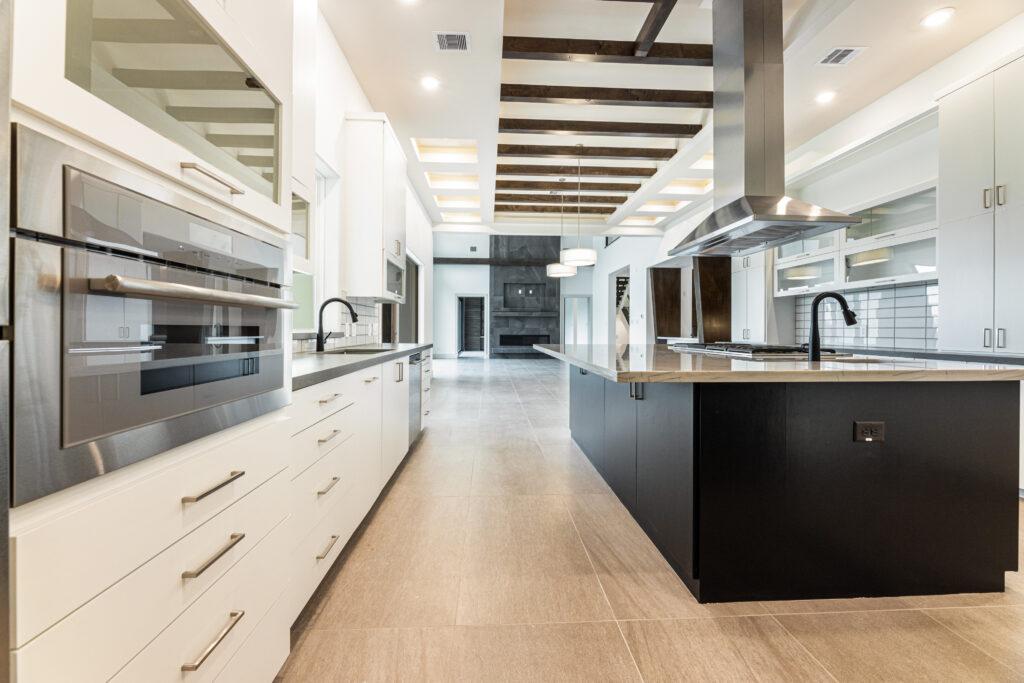 94 KLE Kitchen