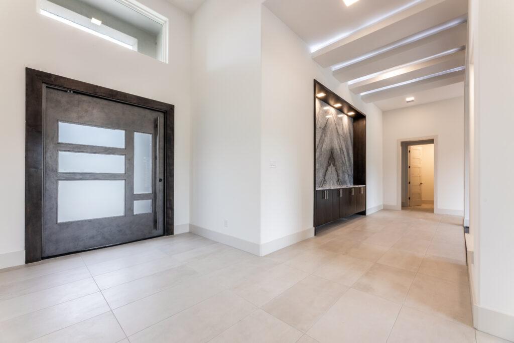 106 Kings Lake Estates - Foyer