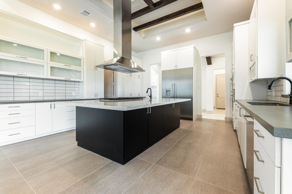 49 Kings Lake Estates - Kitchen